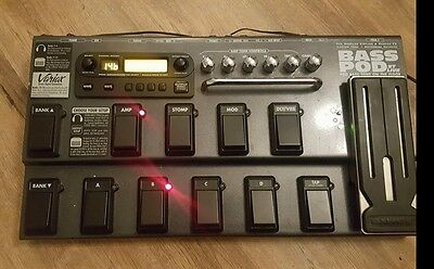 Line 6 Bass Pod XT Live ....Excellent Condition ..PSU And Manual