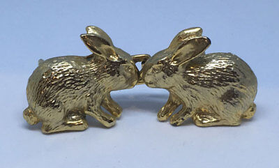 TT 1980's Belt Buckle - two rabbits - gold plated metal