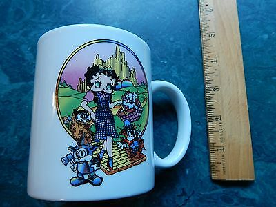 "(1997) Betty Boop ~ The Wizard of Oz ""Emerald City_Yellow Brick Road"" (MUG_CUP)"