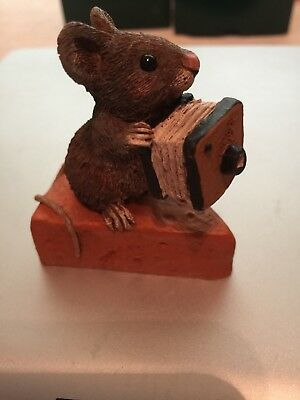 """Tom Clark S """"Say Cheeze"""" Mouse Sitting On Top Of Cheese Holding Old Camera"""