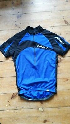 Altura cycling top unworn size large front zip 3 rear pockets
