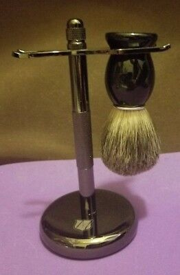 Miusco Razor and Brush Stand - Professional Quality - Midnight Chrome