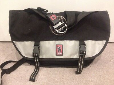 Waterproof Chrome Messenger Courier Bag L Used Great Condition Cycling Commuting