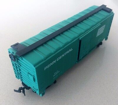 Bachmann 40ft freight carriages