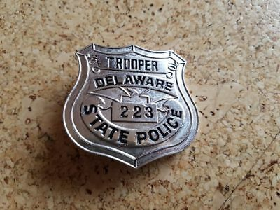 Obsolete Police Badge Trooper Delware State Police 223
