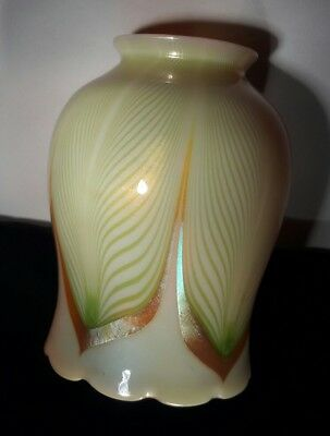 Vintage Art Glass lamp shade Stueben Quezal Tiffany pulled feather iri Unsigned