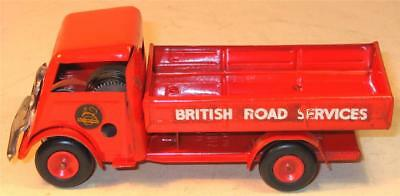 TRI-ANG MINIC CLOCKWORK BRITISH ROAD SERVICES OPEN LORRY.1950s. GOOD CONDITION