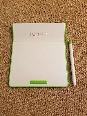 Wacom Bamboo CTH-300/E Wireless Touchpad with Digital Stylus - Green and White