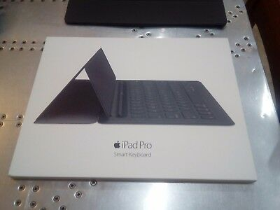 """Genuine Apple iPad pro 12.9"""" Smart Keyboard (hardly used -  mint boxed condition"""