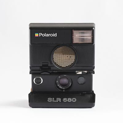 Polaroid SLR 680 Autofucs & flash instant camera