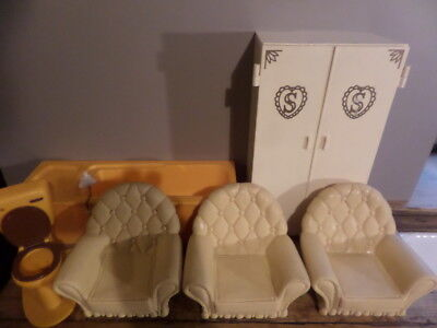 Vintage Sindy Furniture... Wardrobe 3 Chairs Bath , Toilet