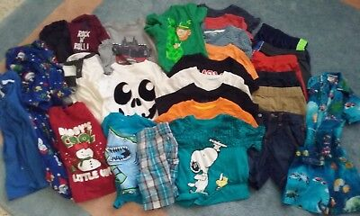 Huge 29 Piece Lot TODDLER 3T BOYS CLOTHES Fall/Winter/Summer Peanuts Old Navy..!