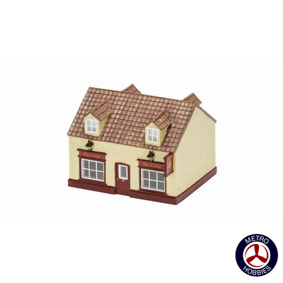 Hornby OO The Village Pub HOR-R9860 Brand New