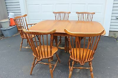Original Signed Heywood Wakefield Windsor Style Drop Leaf Table & 5 Chairs Set