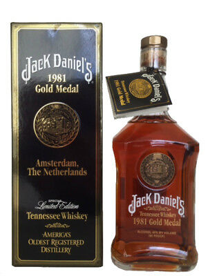Jack Daniels 1981 Gold Medal Tennessee Whiskey 750Ml Rare Collectors Box/tag