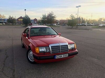 1992 Mercedes-Benz 300-Series Coupe
