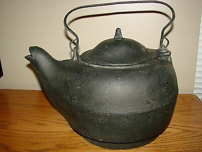 Antique 1800's Cast Iron Lg. TEA KETTLE Shinnick Woodside & Gibbons Zanesville O