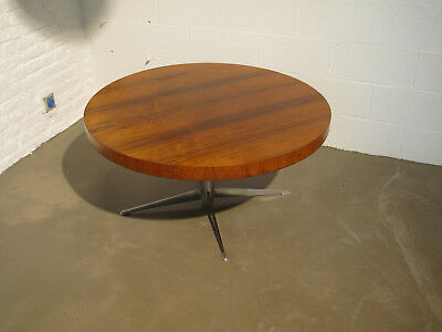 Table basse ronde - round coffee table - scandinave, danish design, vintage Eame