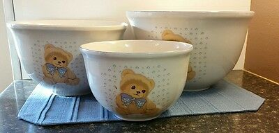 Theodore Bear 7,9 and 10 inch mixing bowl set