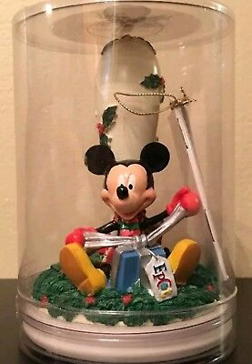 1998 Disney Mickey Mouse Holidays Around The World Cookie Stamp Epcot BRAND NEW!