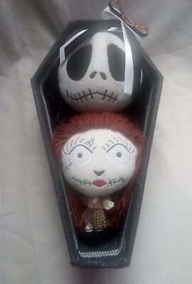 Tim Burton's the nightmare before Christmas NECA sally and jack coffin gift set