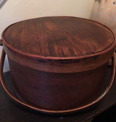 Antique Primitive Chestnut Wooden Pantry Box with Lid & Wide Wood Handle