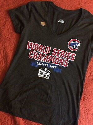 official photos b463e ee815 CHICAGO CUBS WORLD Series Championship Womens Tshirt Mlb Official V neck  Medium