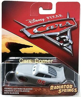 Disney Pixar Cars 3 Evolution Primer Lightning McQueen - Radiator Springs - NEU
