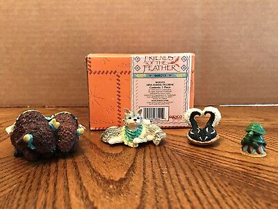 """Enesco Friends Of The Feather """"Wolves"""" 4 Assorted Mini Animals  660213"""