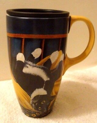 Tuxedo Cat Latte Mug w/ Lid 18 oz Tabby Cat Casper Peabody Art by Lowell Herrero
