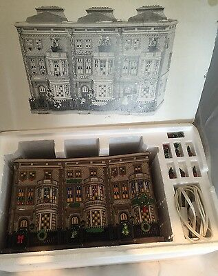 Dept 56 Dickens Village Series Mulberrie Court Brownstone 58345 EXCELLENT In Box