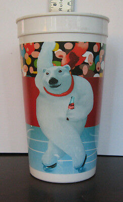 Vintage Skating Polar Bear Aways Coca-Cola 32 Oz Plastic Cup Promotion Very Good