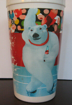 Vintage Skating Polar Bear Aways Coca-Cola 32 Oz Plastic Cup Fair Cond Promotion