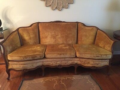 ANTIQUE 1930'S GOLD  FRENCH COUNTRY PROVINCIAL SOFA Mrs Murphys MERCHANDISE MART