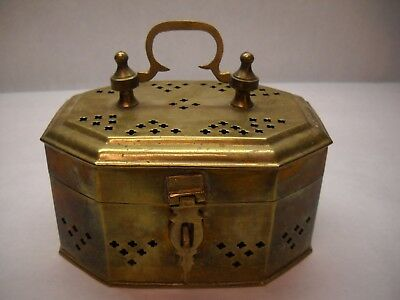 VINTAGE Brass Trinket BOX Top HANDLE Front LATCH Patterned CROSS Shaped OPENINGS