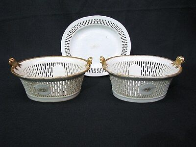 Pair of Late 18th Century Chinese Export Porcelain Chestnut Baskets