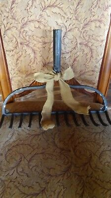 Vintage looking Garden Rake Head (Art DECOR)