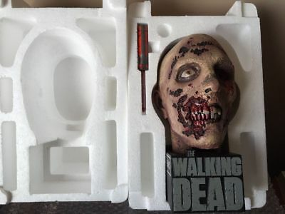 The Walking Dead - Staffel 2 - Zombie Head - Limited Edition-OHNE FILM!!!!