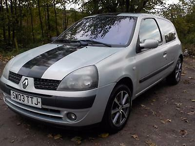 renault clio 1 2 dynamique billabong silver 87000 miles petrol manual picclick uk. Black Bedroom Furniture Sets. Home Design Ideas