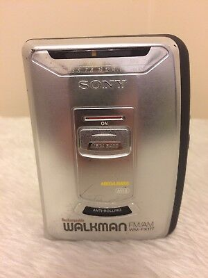Sony Walkman WM-FX177 FM/AM Radio Cassette Player