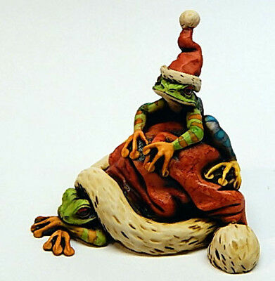 Harmony Kingdom Artist Neil Eyre Designs Christmas Santa Hat Tree Frogs LE50