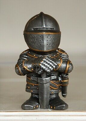 """Adorable Medieval Knight In Shining Armor Standing Guard 4.5"""" Statue Figurine"""