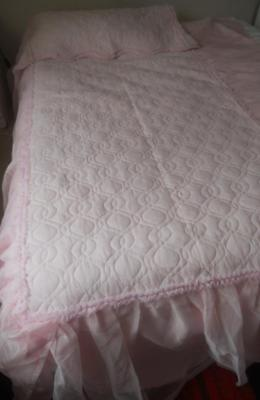 Gorgeous Vintage Retro 1960's Quilted Pink Nylon Single Bedspread Ruffled Sides