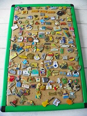lot de plus de 150 pins collection pub divers sur plaque