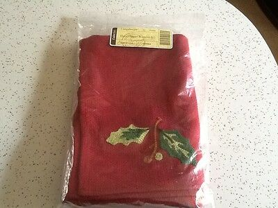2 New Napkins RARE HOLLY BERRY Longaberger Christmas Holiday