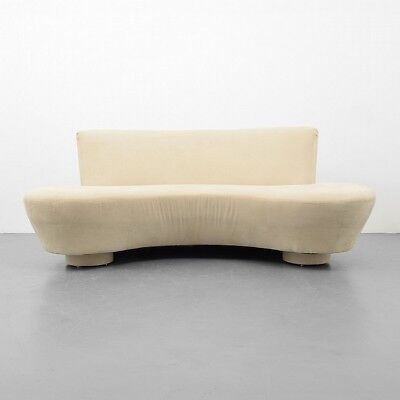 Sofa Attributed to Vladimir Kagan Lot 54