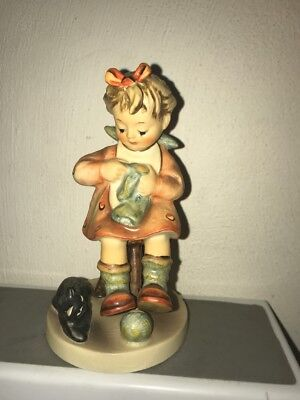 Vintage  Hummel figure Mothers Helper no. 133 little girl with cat