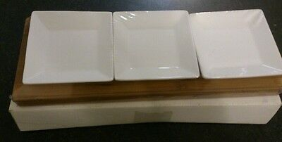 Red Vanilla - 3 square white dishes with bamboo tray - Brand New In Box