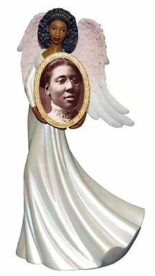 Angel Holding Photo Frame: African American (16611) NEW