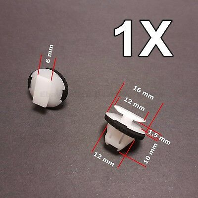 1x for Nissan X-Trail & Juke wheel arch surround trim clip wing moulding clip